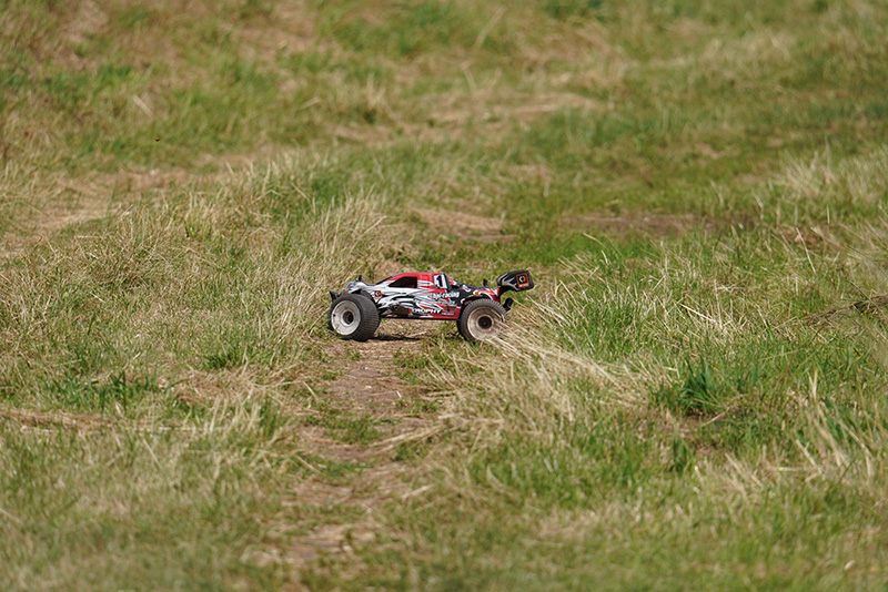 Sony 100-400 at 400mm HPI Nitro RC Buggy